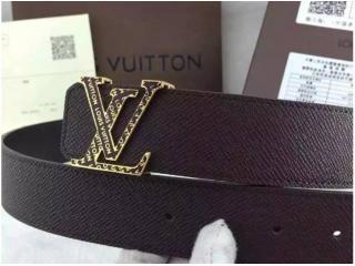 ルイヴィトンスーパーコピーベルト金色のベルトヘッド LV043