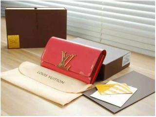 ルイヴィトン 二つ折財布 コピーM60157 ルイヴィトンポルト...