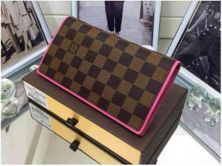 ルイヴィトン財布偽物ダミエ ポルトフォイユ・ブラザ財布 N63168 大容量二つ折財布